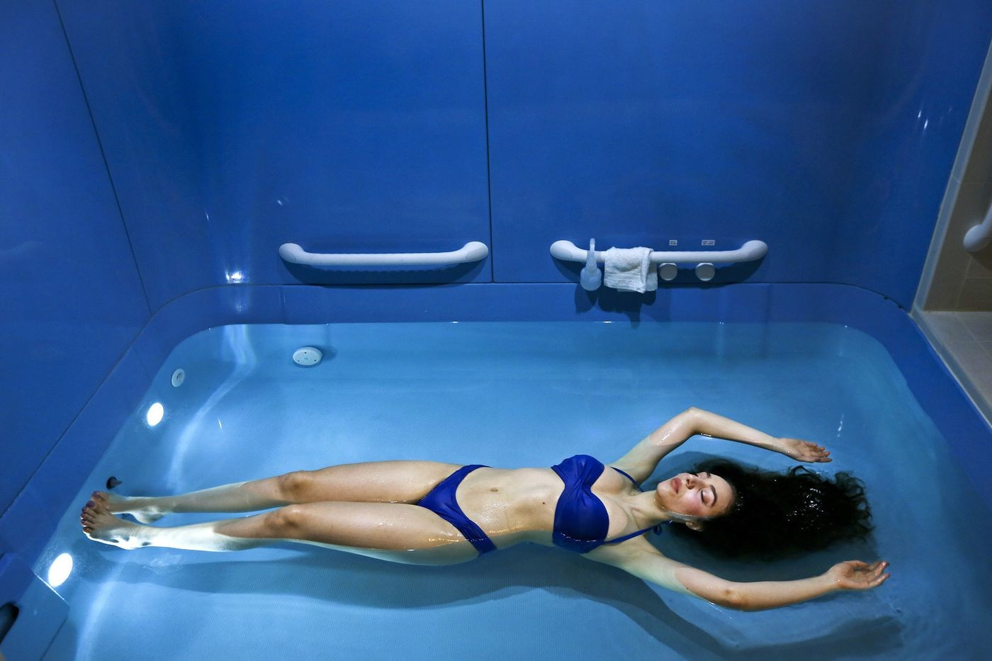 woman in float therapy pool
