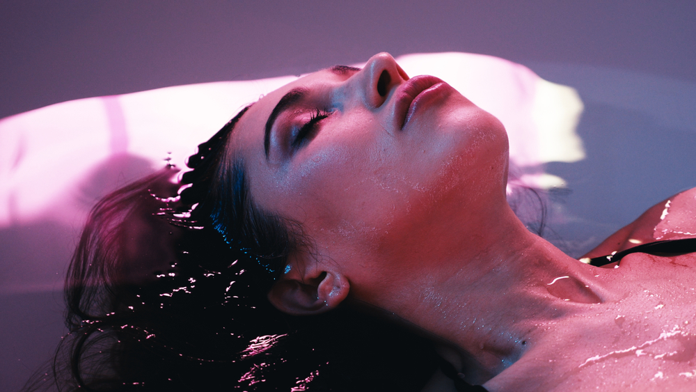 differences float therapy sensory deprivation